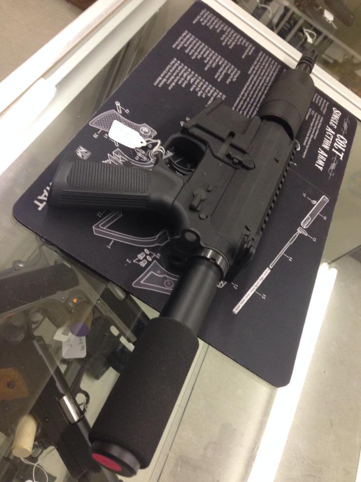 R&J Basic pistol